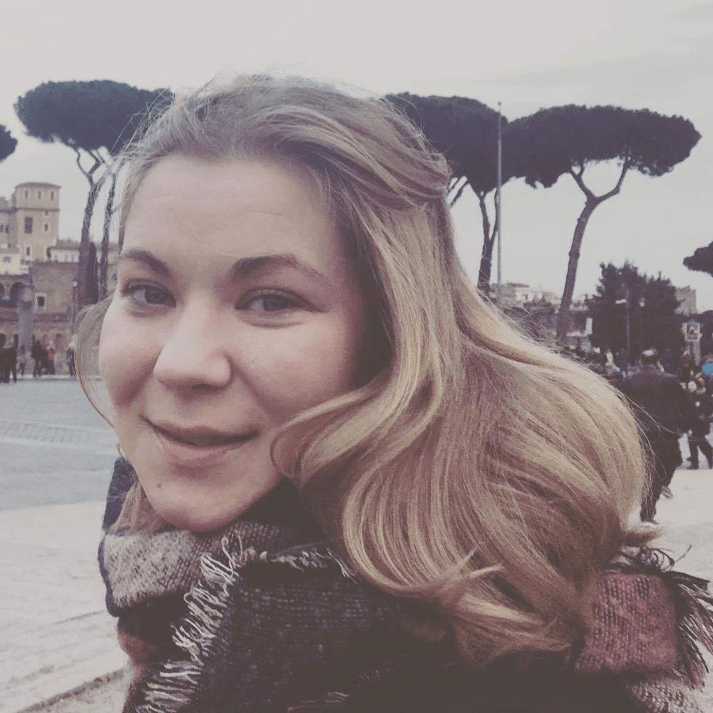 Elena Karasová